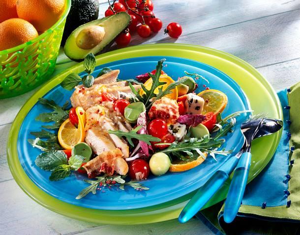 Hollywood-Salat mit Geflügel, Speck und Roquefort Rezept