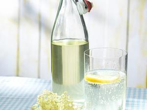 Holunderblütensirup Rezept