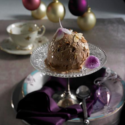 Honig-Nougat-Parfait mit Mandeln Rezept