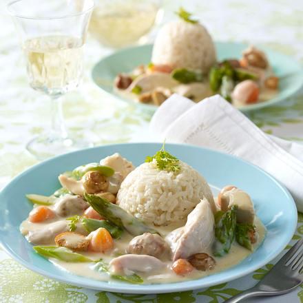 Hühner-Frikassee mit Brätbällchen auf Butterreis Rezept