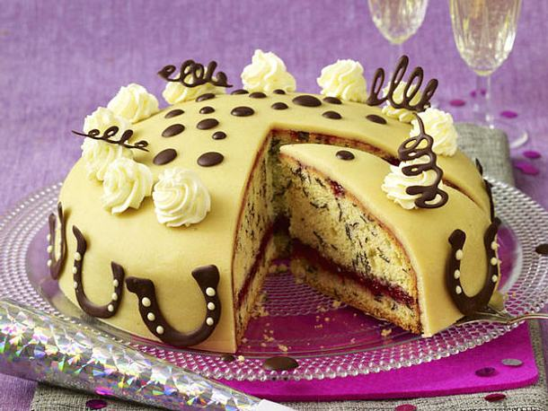 Marzipantorte - Torten dekorieren mit marzipan ...