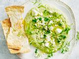 Hummus mit Feta und Kräutern Rezept