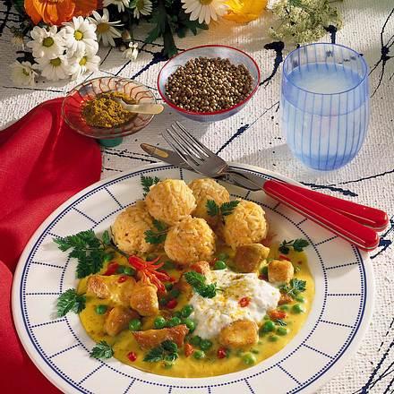 Indisches Hühner-Curry mit Möhren-Reiskugeln Rezept