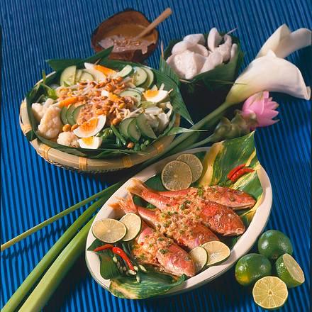 Indonesische Spezialitäten Gemüsesalat mit Erdnuss Rezept