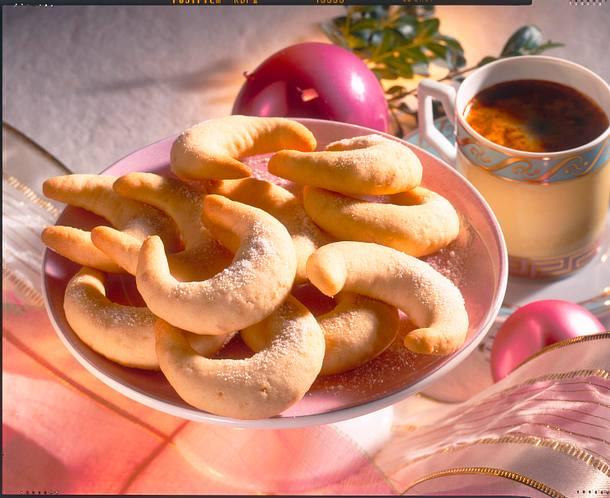 Ingwer-Erdnuss-Kipferln Rezept