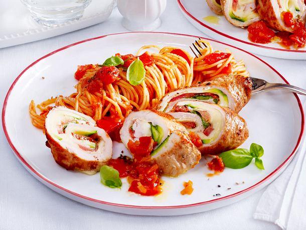 Involtini mit Tomaten-Spaghetti