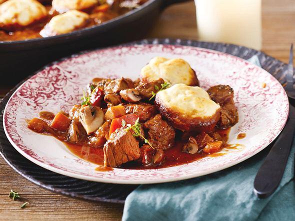 Irisches Rindergulasch mit Parmesan-Dumplings Rezept