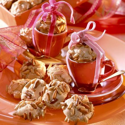 Italienische Pinienkugeln Rezept