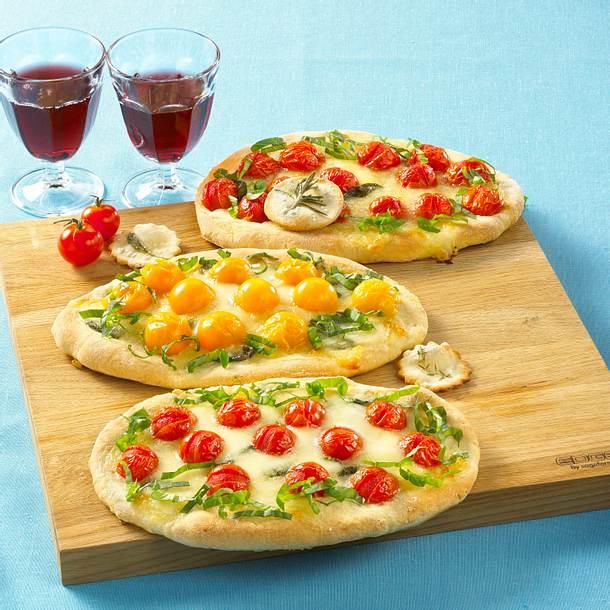 Italienische Tomaten-Mozzarella-Pizza Rezept