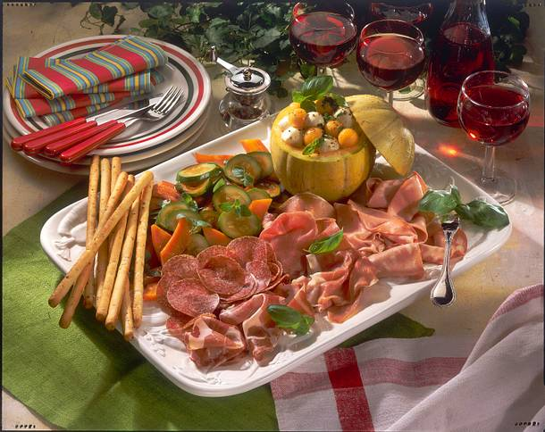 Italienische wurstplatte rezept - Wurstplatten dekorieren ...