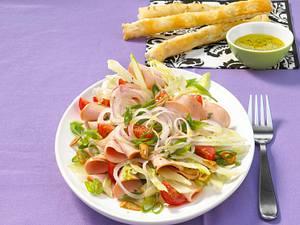 Italienischer Wurstsalat mit Knoblauch-Grissini Rezept