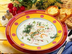 Joghurt-Kaltschale mit Gemüsestückchen Rezept
