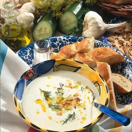 Joghurt-Knoblauch-Suppe Rezept