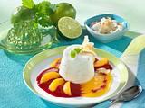 Joghurt-Kokos-Mousse mit Himbeermark und Aprikosenspalten Rezept