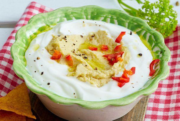 Joghurt mit Artischockenhummus Rezept
