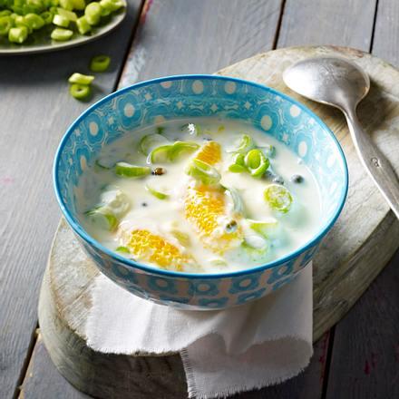 Joghurt mit Orange, Lauchzwiebeln und grüner Pfeffer Rezept