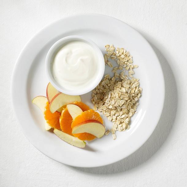Joghurt-Schale mit Apfel und Haferflocken Rezept