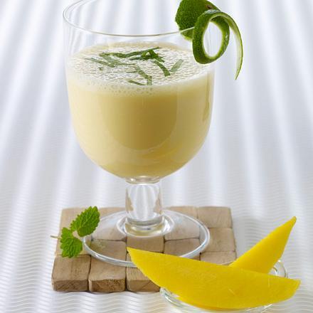 Joghurt-Shake mit Mangopüree Rezept
