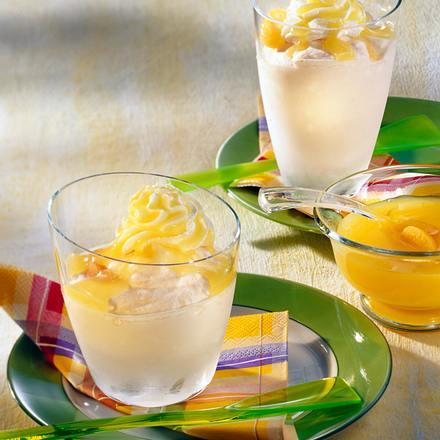 Joghurt-Vanille-Eis mit Aprikosen Rezept
