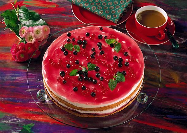 Johannisbeer-Dickmilch-Torte Rezept