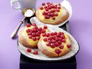 Johannisbeer-Taler mit Pudding Rezept
