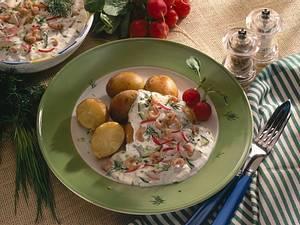 Junge Kartoffeln mit Frühlingsquark und Krabben Rezept