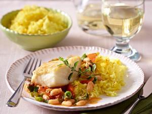 Kabeljau mit weißen Bohnen und Safranreis Rezept