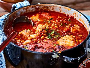 Kabeljaufilet in flotter Tomaten-Chorizo-Soße Rezept
