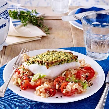 Kabeljaufilet mit Kräuterkruste auf Tomaten-Risotto Rezept