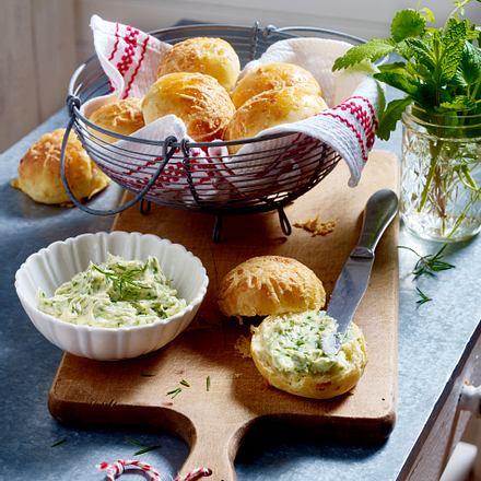 Käse-Brötchen mit Knoblauch Rezept