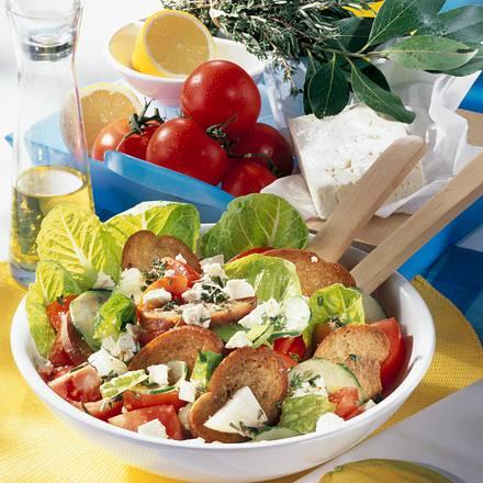Käse-Brot-Salat Rezept