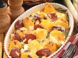 Käse-Kartoffeln mit Cabanossi Rezept