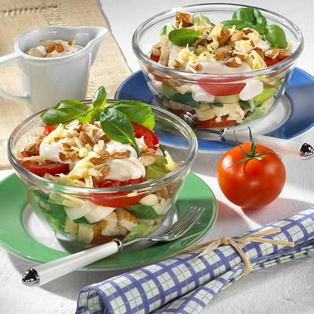 Käse-Nuss-Schichtsalat Rezept