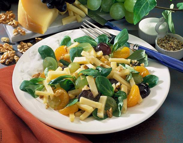 Käse-Obst-Salat Rezept