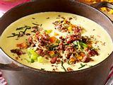 Käse-Porree-Suppe mit Hacktopping Rezept