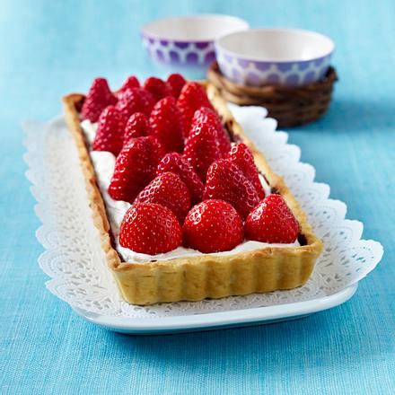 Käse-Sahne-Tarte mit Erdbeeren Rezept