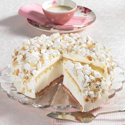 Käse-Sahne-Torte mit Baiser Rezept