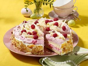 Käse-Sahne-Torte mit Himbeeren Rezept