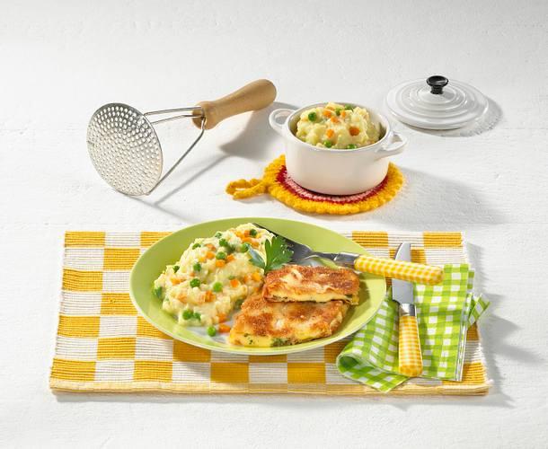 Käse-Schnitzel zu buntem Kartoffelpüree Rezept