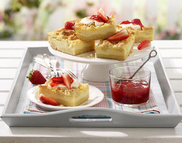 Käse-Streusel-Schnitten mit Erdbeeren Rezept