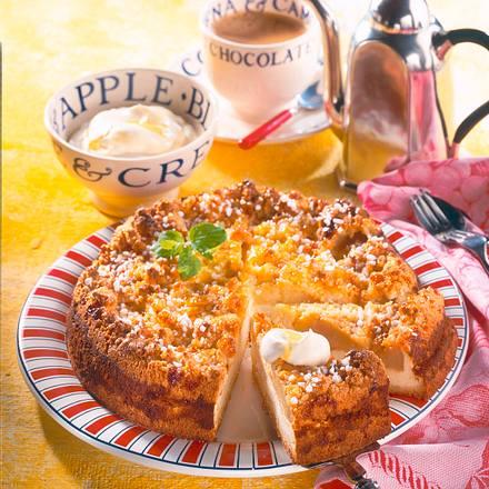 Käse-Streuselkuchen mit Apfel Rezept