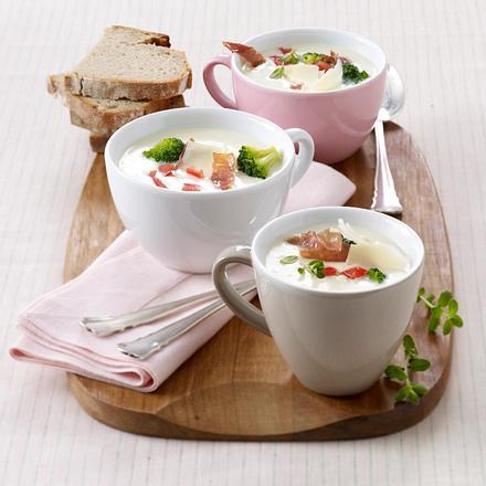 Käse-Suppe mit Brokkoli und Parmaschinken Rezept