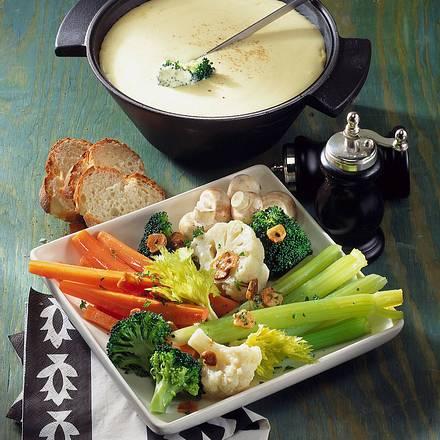 Käsefondue mit Gemüse Rezept