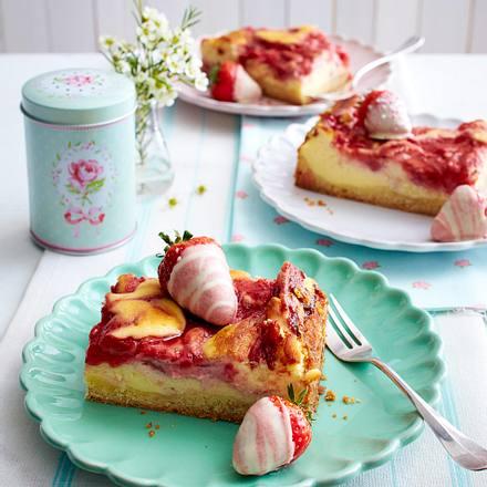 Käsekuchen-Erdbeerschnitten Rezept