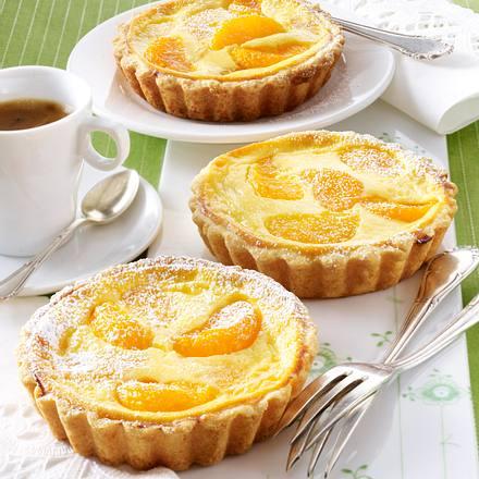 Käsekuchen-Tarteletts mit Mandarinen Rezept