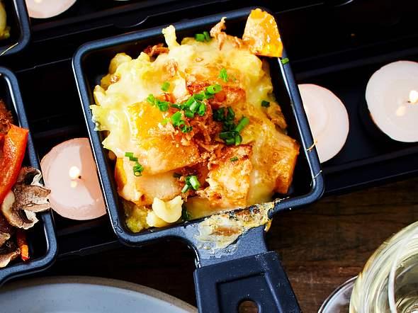 Käsespätzle-Raclettepfännchen Rezept