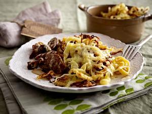 Käsespätzle zu Filetstreifen in Pilzrahm Rezept