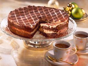 Kaffee-Schoko-Kuchen mit Cappuccino-Creme Rezept