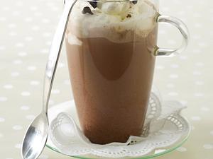 Kaffee-Schoko-Shake mit Sahnehaube Rezept