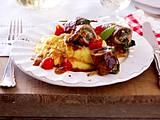 Kalbsröllchen mit Spinat und Polenta Rezept